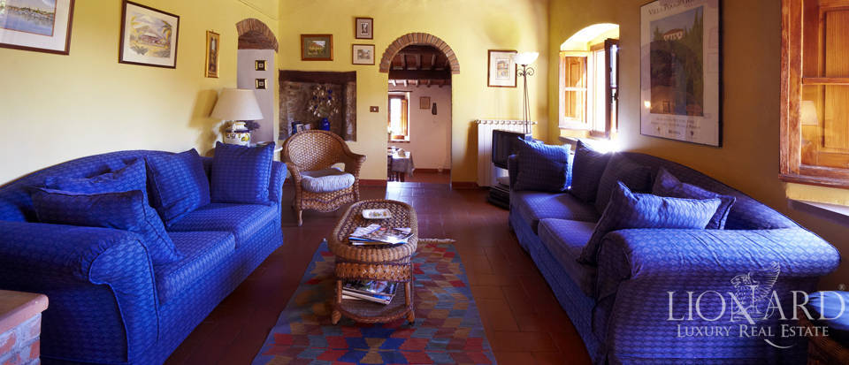 Villas for sale in Florence Image 10
