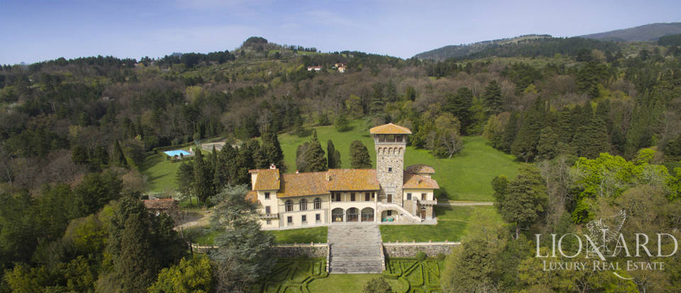 Magnificent Luxury villa for sale near Florence Image 1