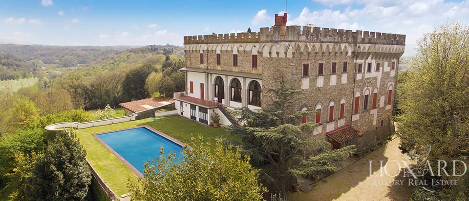 Magnificent castle for sale on the Florentine hills Image 1