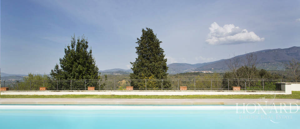 Castles for sale in Tuscany Image 13
