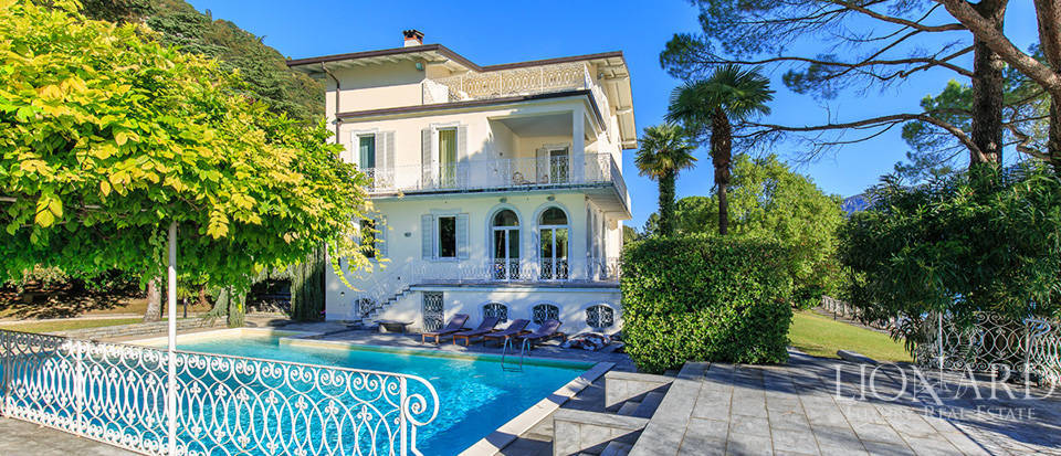 Villa for sale on the shores of Lake Como Image 7