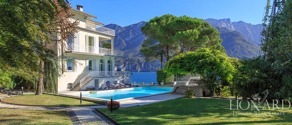 Villa for sale on the shores of Lake Como Image 9