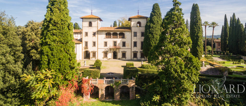 Luxury villa near Florence Image 1
