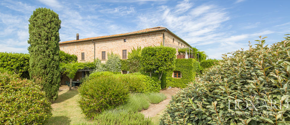 Luxury agritourism estate for sale in Pisa Image 7