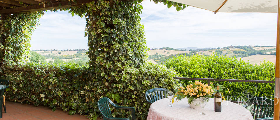 Luxury agritourism estate for sale in Pisa Image 15