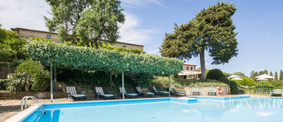 Luxury agritourism estate for sale in Pisa Image 16