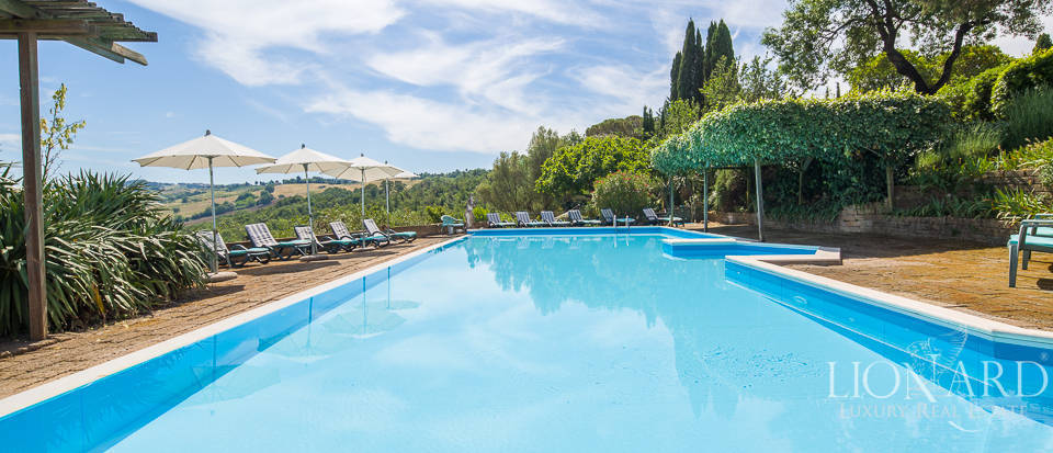 Luxury agritourism estate for sale in Pisa Image 20