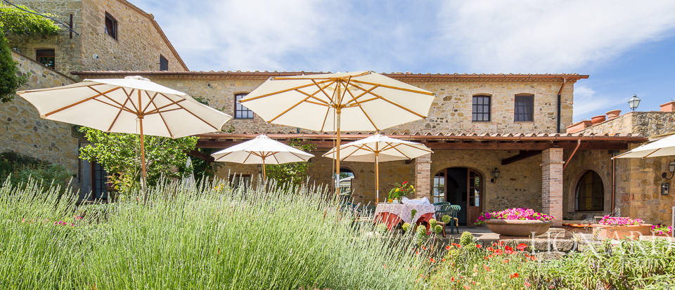Luxury agritourism estate for sale in Pisa Image 21