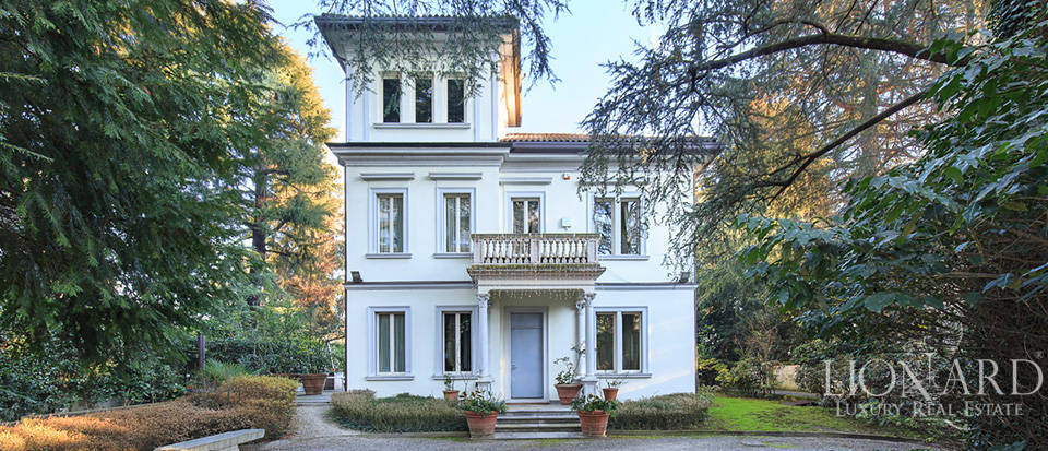 Luxury villa close to Milan for sale Image 3