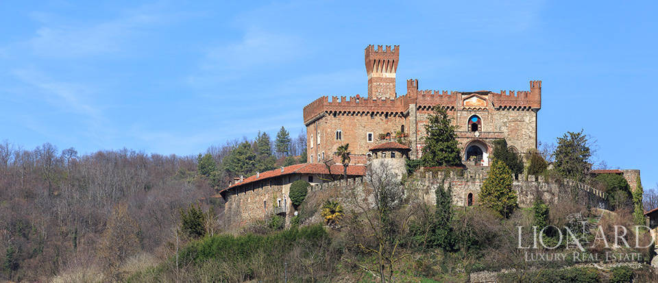 Prestigious castle for sale near Cuneo Image 5
