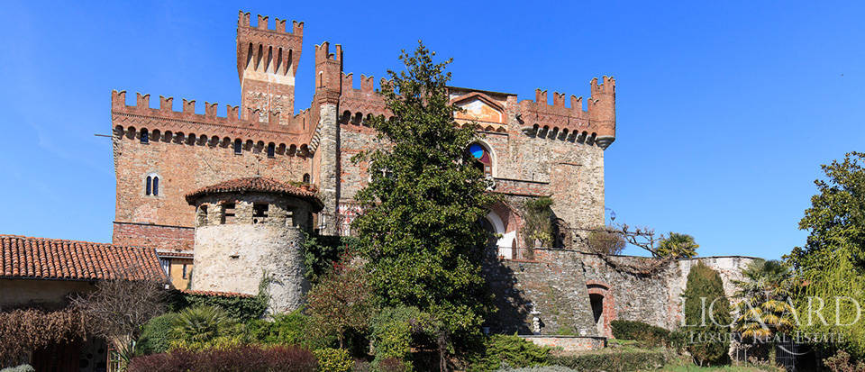 Prestigious castle for sale near Cuneo Image 22