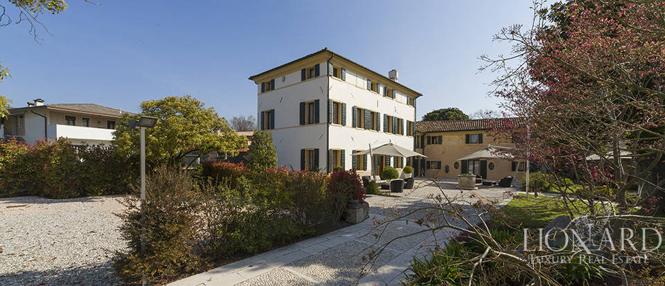 Prestigious estate for sale in Veneto Image 2