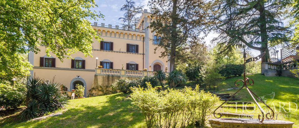 Dream villa for sale in Florence Image 7