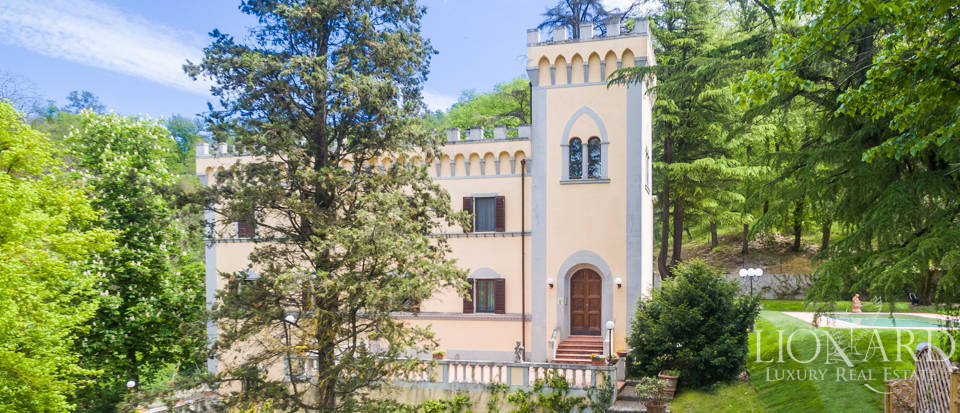 Dream villa for sale in Florence Image 21