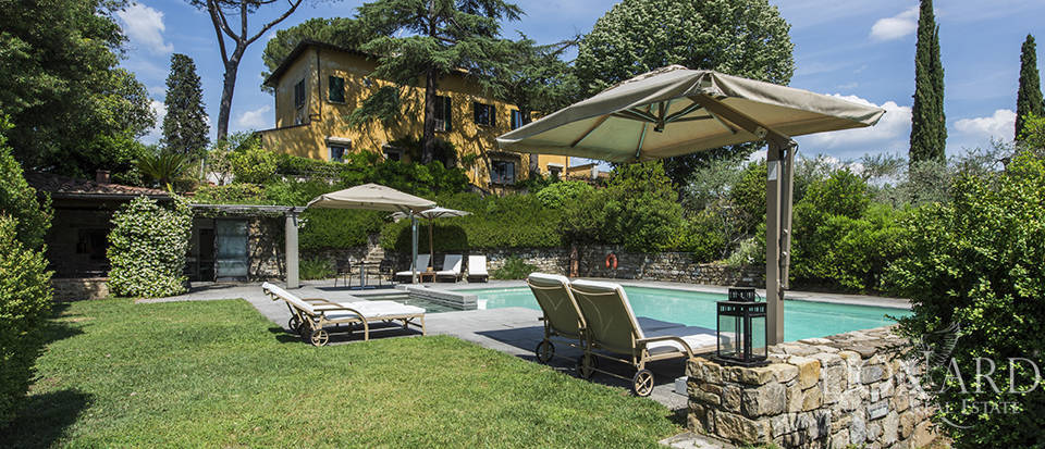 Magnificent villa for sale on Florence