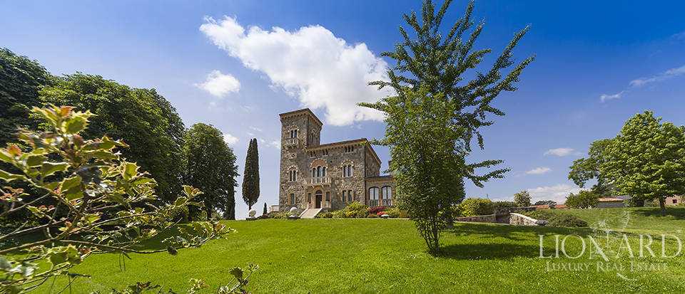 Luxury villa, for sale in Veneto Image 4