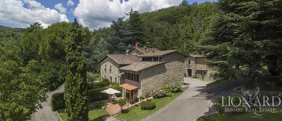 Luxurious country home for sale in the Mugello area Image 6
