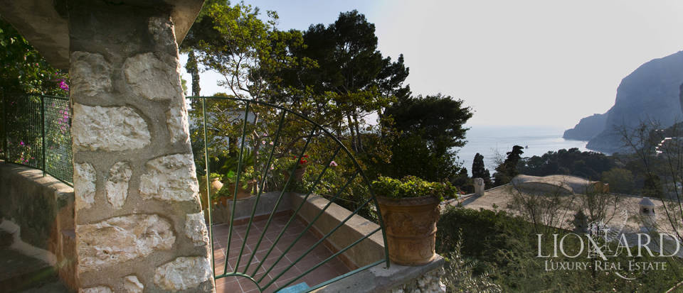 Villa for sale in Capri Image 6
