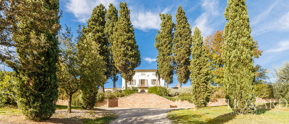 Villa for sale in Tuscany Image 6