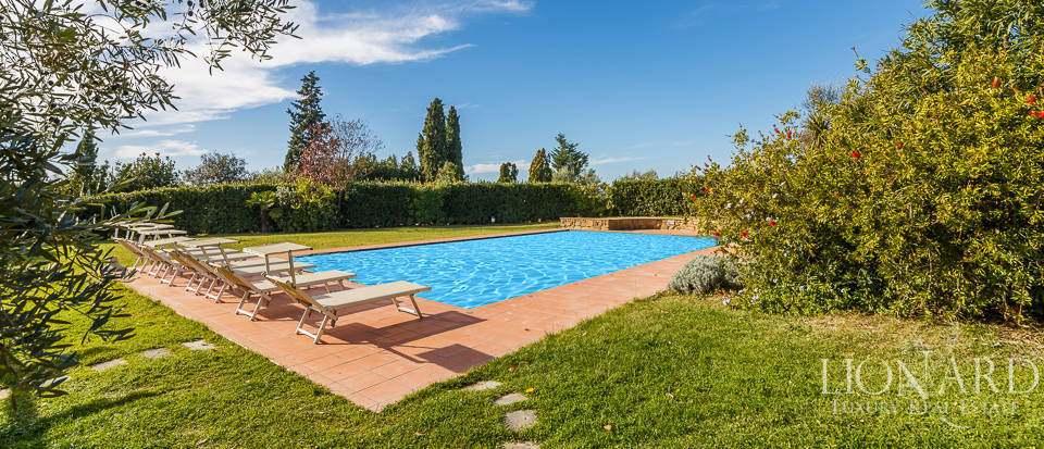 Villa for sale in Tuscany Image 25