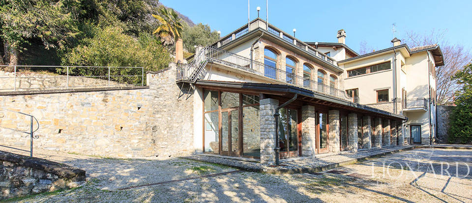 Wonderful Art-nouveau villa for sale near Bergamo Image 25