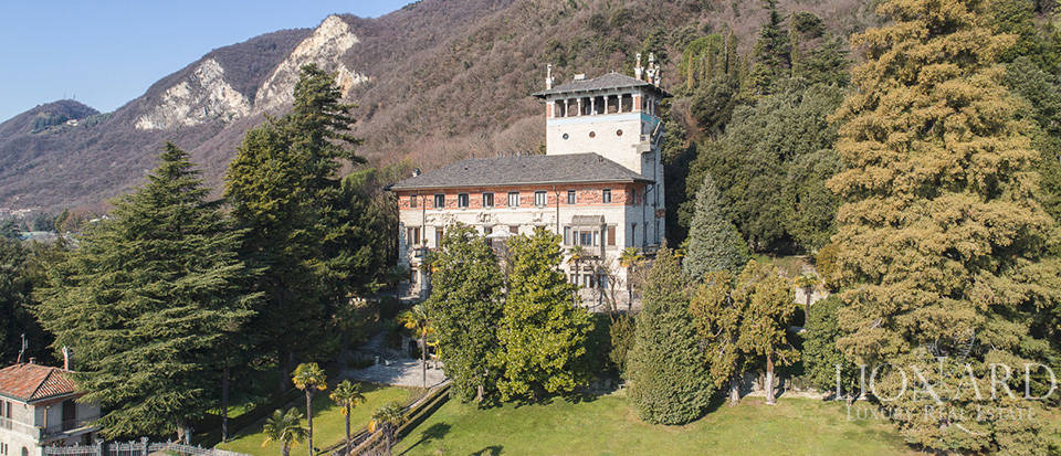Wonderful Art-nouveau villa for sale near Bergamo Image 3