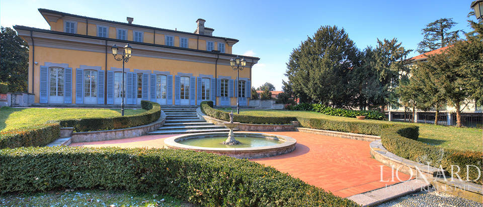 Villa for sale close to Milan Image 5