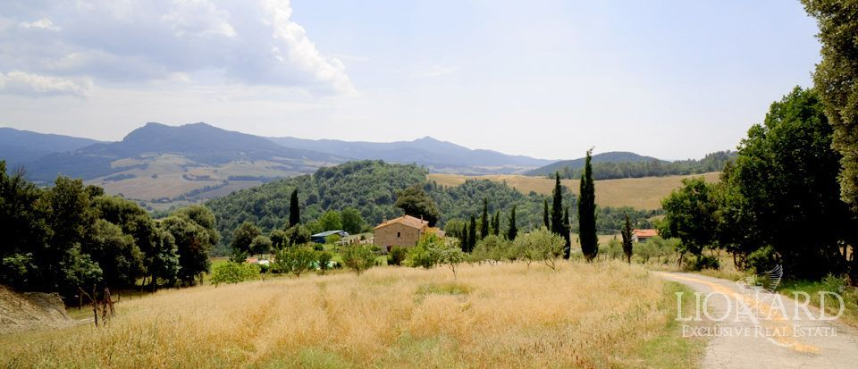Relais in the tuscan countryside