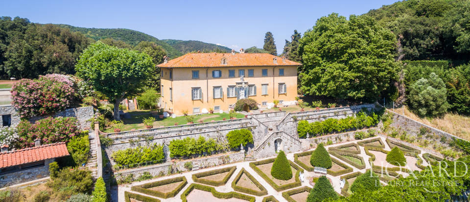 Luxury Real Estate Italy - Luxury Villas in Tuscany Image 3