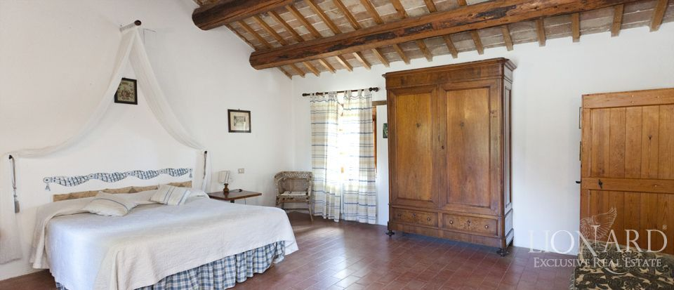 Luxury villas for sale in Umbria Image 86
