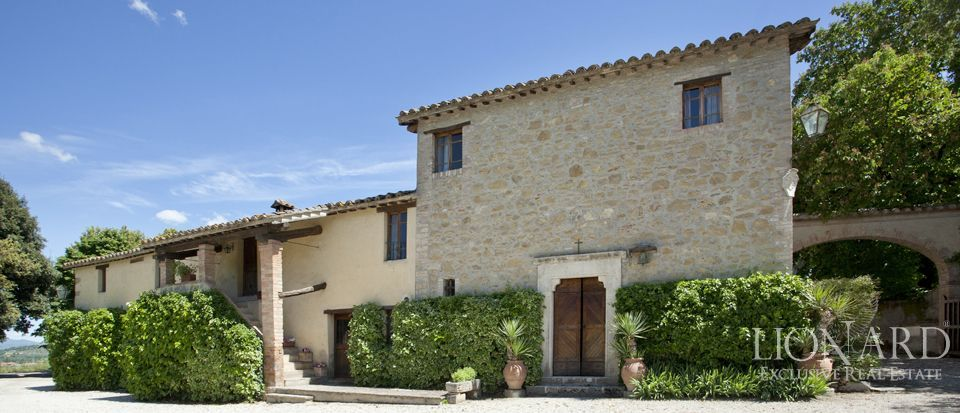 Luxury villas for sale in Umbria Image 27