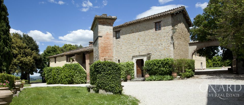 Luxury villas for sale in Umbria Image 26