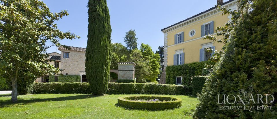 Luxury villas for sale in Umbria Image 14