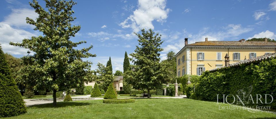 Luxury villas for sale in Umbria Image 11