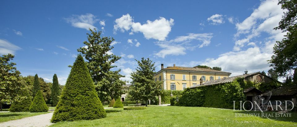 Luxury villas for sale in Umbria Image 5