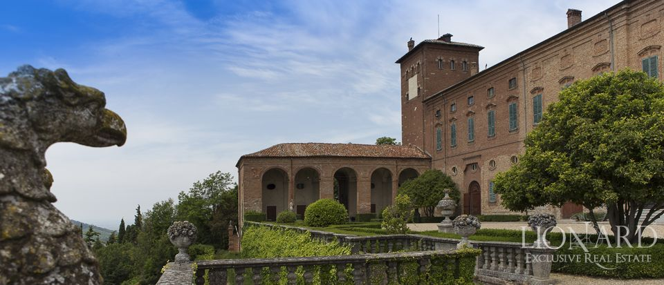 Castle in Milan for sale Image 45