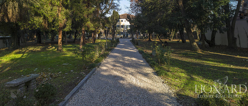18th-century villa for sale in the province of Venice