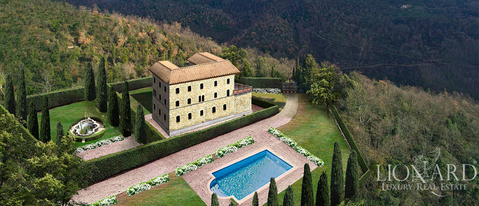 Farmhouse for sale on Pistoia's hills