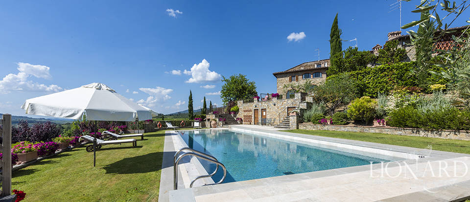 Charming Tuscan farmhouse in Chianti