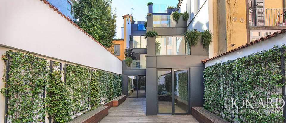 Luxurious apartment for sale in the middle of Brera