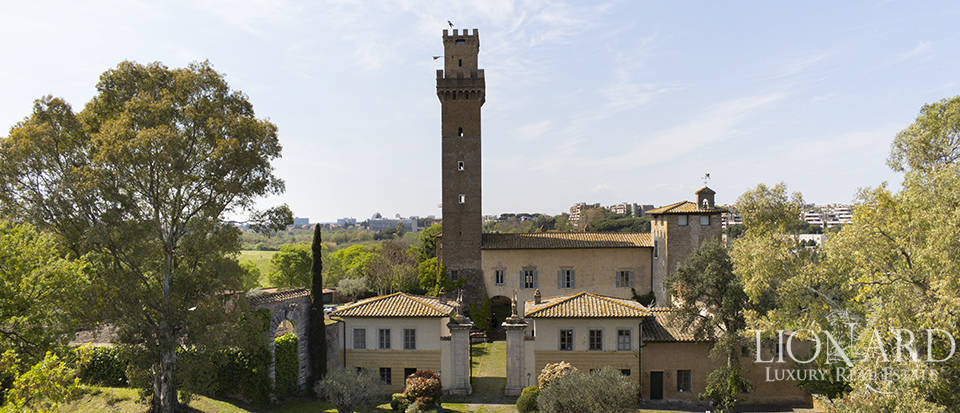 Prestigious Medieval castle for sale in Rome