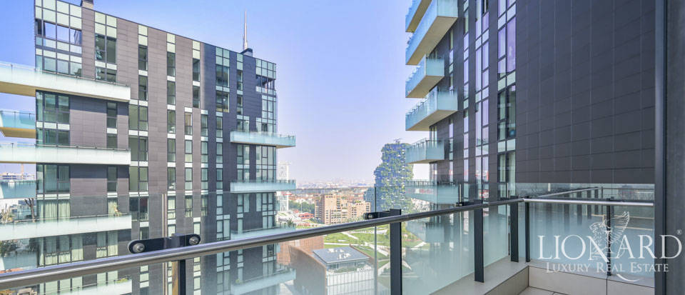 Panoramic estate for sale in Milan's Torre Solaria