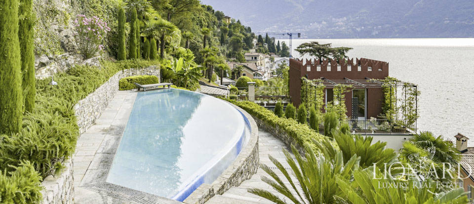 Estate with wonderful view of the lake for sale in Como