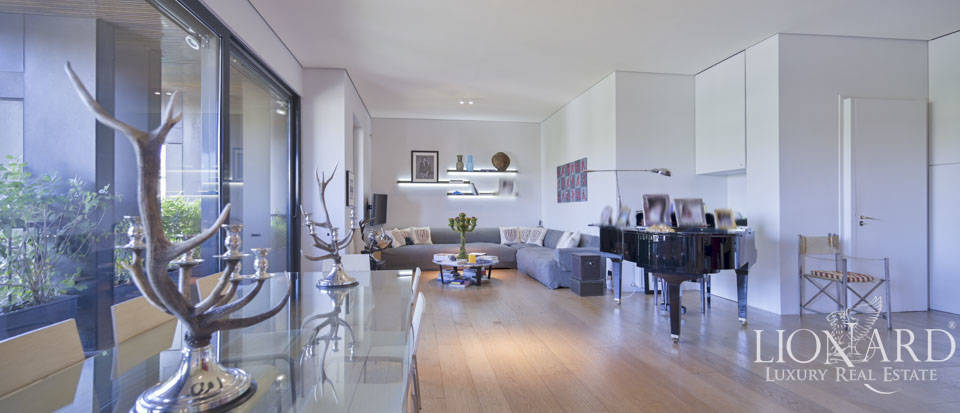 Stunning luxury penthouse for sale in Piazza Castello