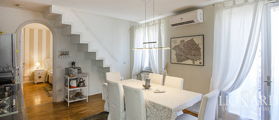 Luxury penthouse for sale in Florence