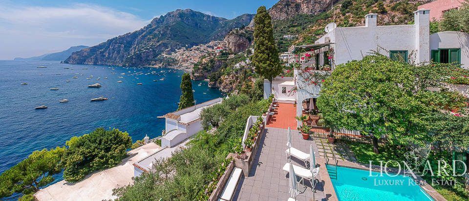 Wonderful sea-front estate in Positano