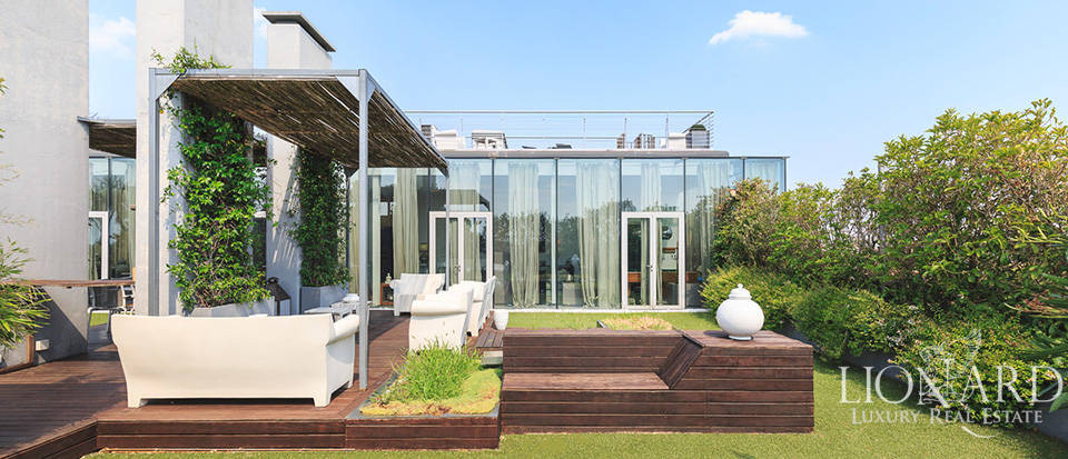Luxury penthouse for sale in Milan's famous Quartiere NoLo
