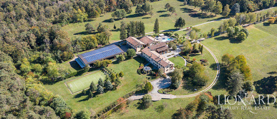 Fantastic luxury estate surrounded by nature near Varese