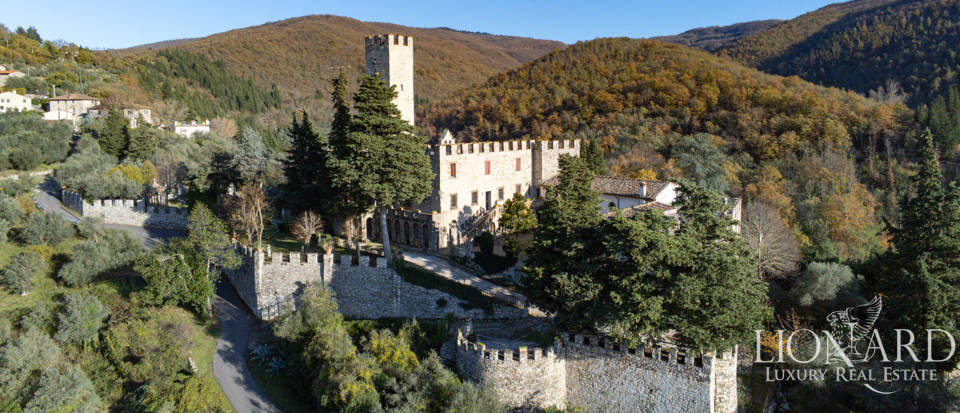Ancient castle for sale in Tuscany