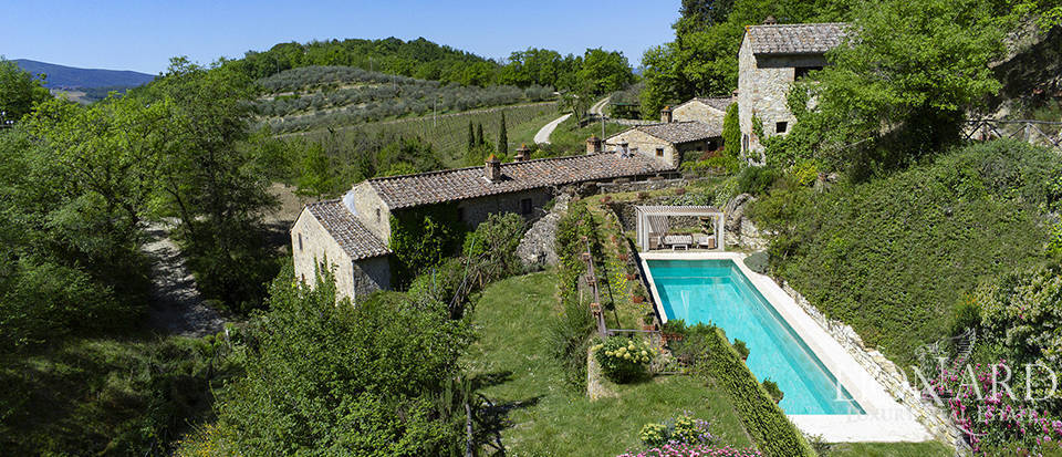 Agritourism resort for sale in Castellina in Chianti
